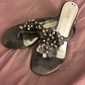 "VGUC Silver/Pewter ""Love Story"" dress sandals"